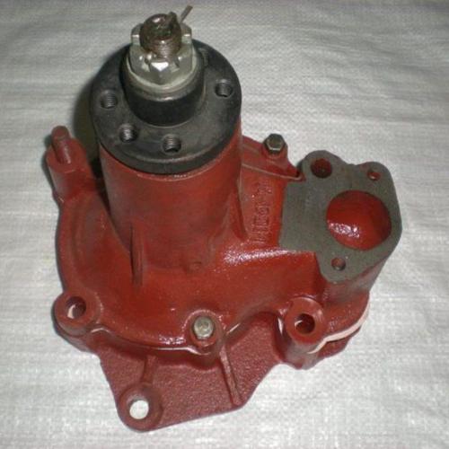 Насос водяной помпа СМД-18-22 (18Н-13С2) ДТ-75, ТДТ-55А